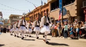 9 Ethnic Festivals In Detroit That Will Wow You In The Best Way Possible