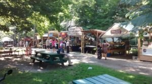 Everyone In Vermont Must Visit This Epic Farmers Market At Least Once