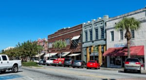 These 7 Charming Waterfront Towns In Georgia Are Perfect For A Daytrip