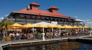 11 Vermont Restaurants With The Most Amazing Outdoor Patios You'll Love To Lounge On