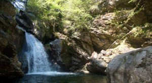 The Incredible Spring-Fed Swimming Hole In Vermont You Absolutely Need To Visit
