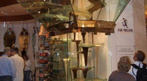 The World's Largest Chocolate Fountain Is Right Here In Nevada And It's All You've Ever Dreamed