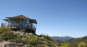 A Night In This Gorgeous Lookout Tower In Oregon Will Change Your Life