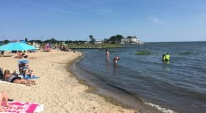The One Beach In Connecticut That You Absolutely Must Visit At Low Tide