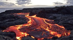 The Incredible Hike In Hawaii That Will Lead You Straight To Flowing Lava
