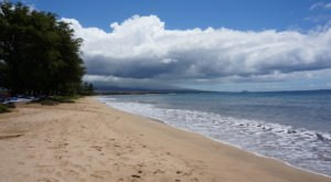 10 Little Known Swimming Spots In Hawaii That Will Make Your Summer Awesome