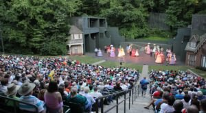 10 Outdoor Theaters In Kentucky You'll Want To Discover This Summer