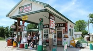 Here Are 11 Iconic Stops To Make Along Missouri's Route 66