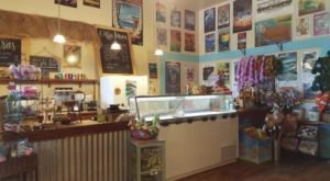 The Tiny Shop In Hawaii That Serves Homemade Ice Cream To Die For
