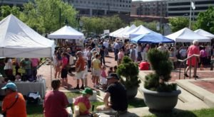 Everyone In Indiana Must Visit This Epic Farmers Market At Least Once