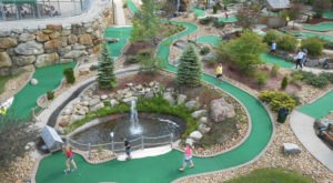 The World's Longest Mini Golf Hole Is Right Here In New Hampshire And You'll Love It