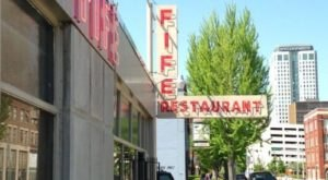 Visit This Alabama Restaurant For The Best Budget Bites