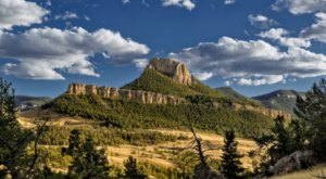 These 10 Road Trips in Wyoming Will Lead You To Places You'll Never Forget
