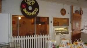 There's A Bakery On This Beautiful Farm In Indiana And You Have To Visit