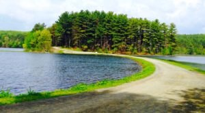 14 Trails In Massachusetts With Undeniably Amazing Final Destinations