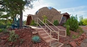 The 10 Most Quirky Places You Can Stay Overnight In Arizona