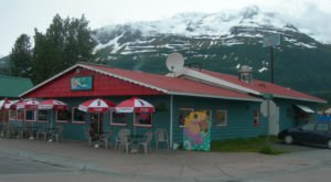 Head To These 7 Restaurants For The Freshest Catch in Alaska