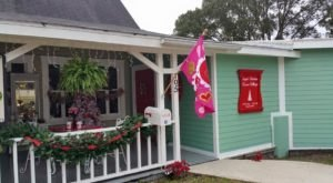 Visit This Store In Florida For An Awesome Christmas In July