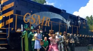 The Wizard Of Oz Train Ride Through North Carolina That's Nothing Short Of Magical