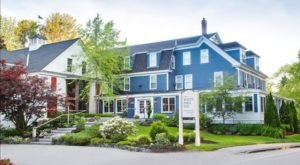 One Of The Most Romantic Restaurants In The Entire Country Is Right Here In Maine