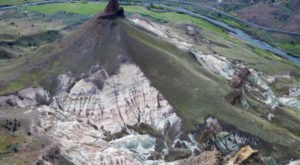 Oregon's Hidden Natural Wonder Is Like Nothing You've Ever Seen