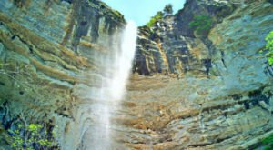 This Arkansas Waterfall Is The Only One Of Its Kind