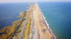 Take A Super Fun Day Trip To The Outer Banks Scenic Byway, Only Found In North Carolina