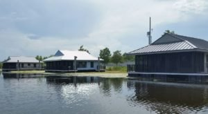These Floating Cabins Near New Orleans Are The Ultimate Place To Stay Overnight This Summer