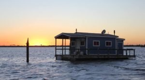 These Floating Cabins In Texas Are The Ultimate Place To Stay Overnight This Summer
