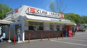 You'll Find The Most Delicious Fried Clams At These 9 New Hampshire Restaurants