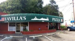 The Little Hole-In-The-Wall Restaurant That Serves The Best Pizza In North Carolina