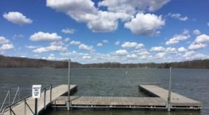The Underrated Indiana Lake That's Perfect For A Summer Day