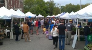 Everyone In New Hampshire Must Visit This Epic Farmers Market At Least Once