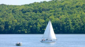 10 Amazing Lake Trips You Need To Take In Pennsylvania This Summer