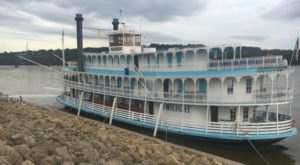 The Riverboat Cruise In Iowa You Never Knew Existed