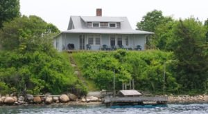 The 5 Best Cabins Everyone In Rhode Island Should Stay In