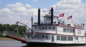 The Riverboat Cruise In Mississippi You Never Knew Existed