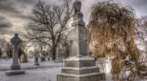 11 Disturbing Cemeteries In Minnesota That Will Give You Goosebumps