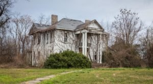 7 Historic Plantations In Mississippi That Are Being Reclaimed By Nature…And It's Heartbreaking