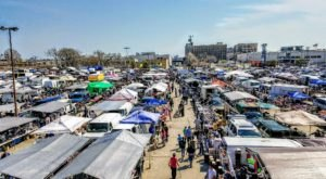 7 Must-Visit Flea Markets In Chicago Where You'll Find Awesome Stuff