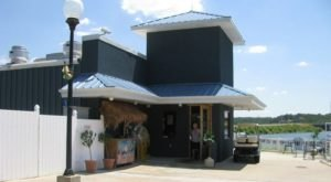 The Tropical Themed Restaurant In Oklahoma You Must Visit Before Summer's Over