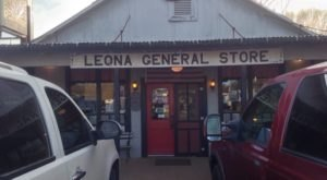 A Tiny Eatery In Texas, Leona General Store Serves Some Of The Most Mouthwatering Steaks Around