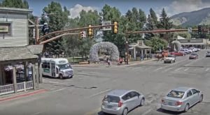 The Seemingly Ordinary Livestream Of This Wyoming Town Has Fascinated Thousands
