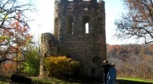 The Most Awesome Hike In Iowa That Will Take You To An Abandoned Castle