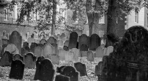 8 Disturbing Cemeteries Around Boston That Will Give You Goosebumps