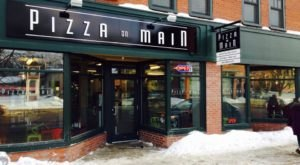 The Little Hole-In-The-Wall Restaurant That Serves The Best Pizza In Vermont