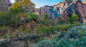 There's A Restaurant Hiding At The Bottom Of The Grand Canyon That's Only Accessible By Hike