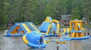 You'll Want To Visit This Epic West Virginia Water Park Before Summer Is Over