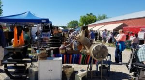 You Could Easily Spend All Weekend At This Enormous Minnesota Flea Market