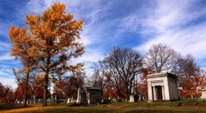 7 Disturbing Cemeteries Around Milwaukee That Will Give You Goosebumps